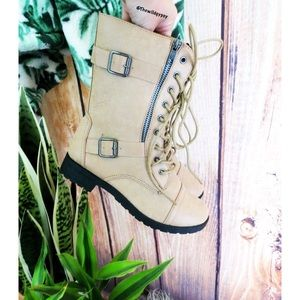Shoes - NWOT Buckled combat boots 🌿
